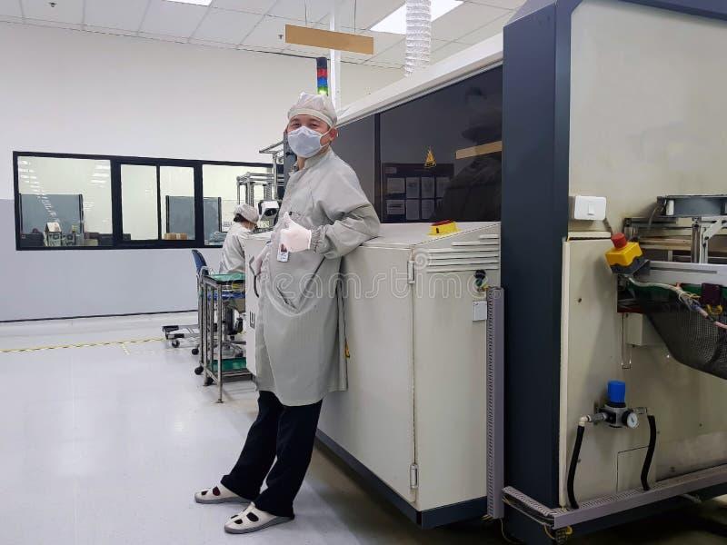 Máquina de la automatización en la fabricación moderna fotos de archivo libres de regalías