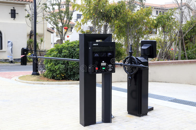 Máquina de la tarjeta de crédito del estacionamiento imagenes de archivo