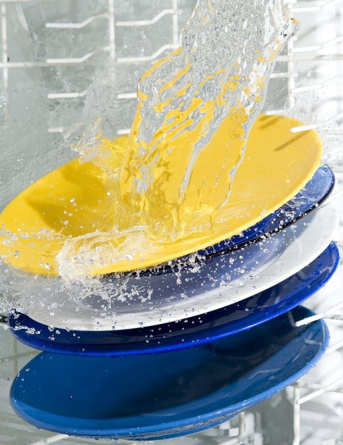 Máquina de lavaplatos foto de archivo libre de regalías