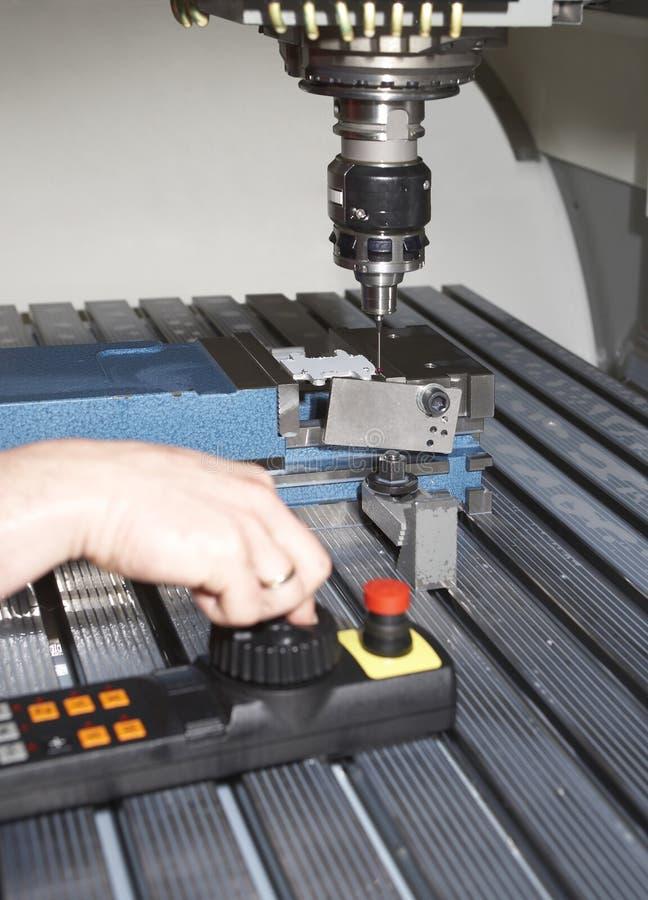 Máquina de trituração do metal imagens de stock royalty free