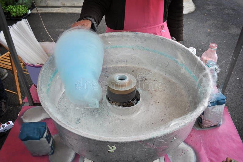 Máquina del caramelo de algodón imagen de archivo libre de regalías