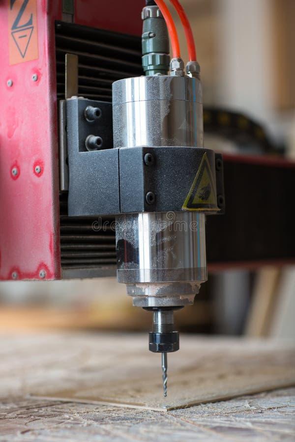 Máquina del CNC, tienda de la carpintería, el concepto de una afición, imágenes de archivo libres de regalías