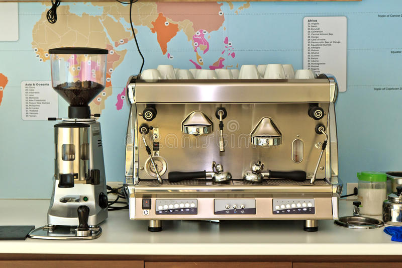 Máquina del fabricante de café fotografía de archivo