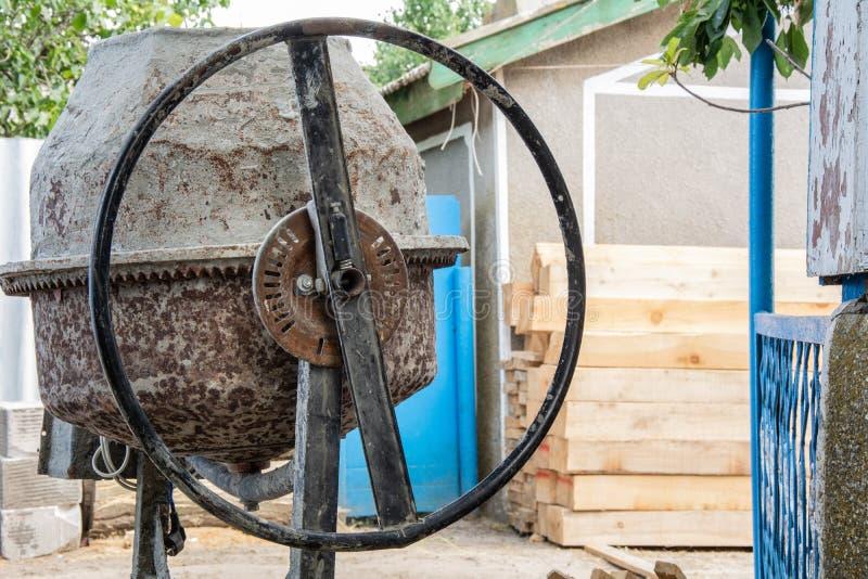 Máquina del mezclador concreto fotografía de archivo libre de regalías