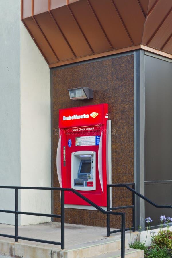 Máquina Do ATM Do Banco Americano Foto de Stock Editorial