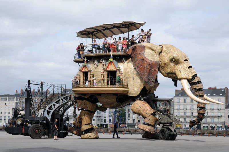 Máquina do elefante fotografia de stock royalty free