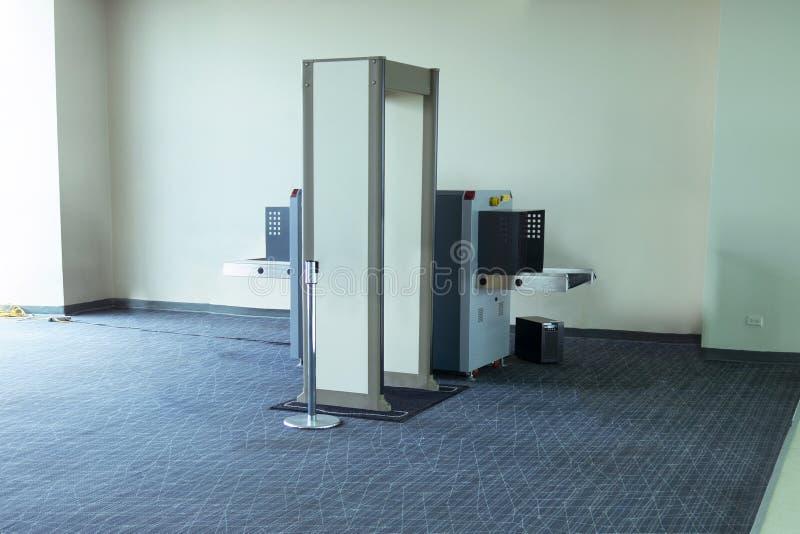 Máquina do varredor do controlo de segurança do aeroporto TSA fotos de stock