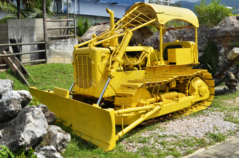 Máquina em Kinta Tin Mining Museum em Kampar, Malásia imagens de stock