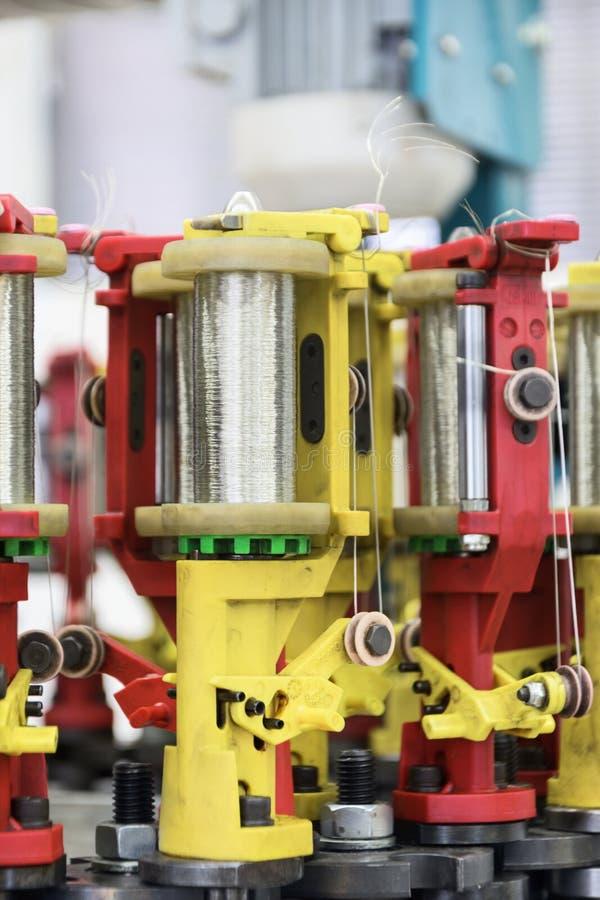 Máquina moderna del trenzado imagen de archivo libre de regalías