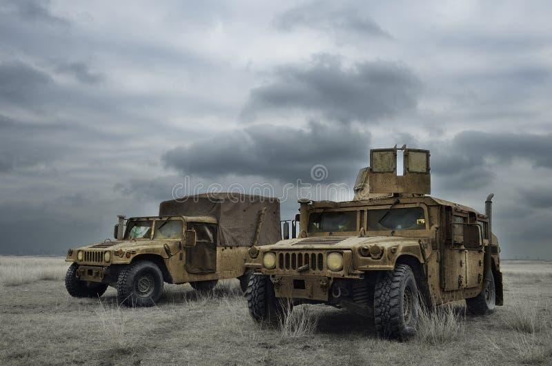 Máquina que lucha en la zona de guerra imagen de archivo