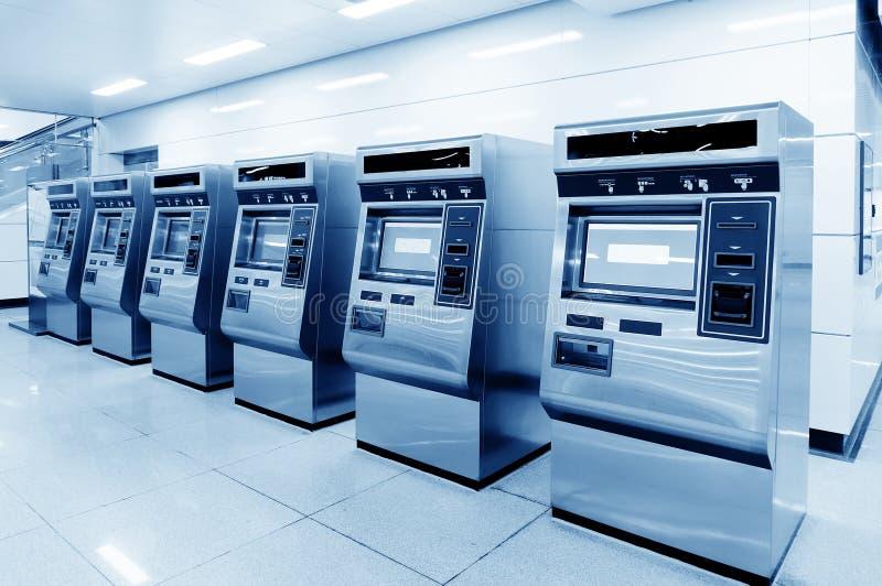 Máquinas automáticas del boleto imagen de archivo libre de regalías