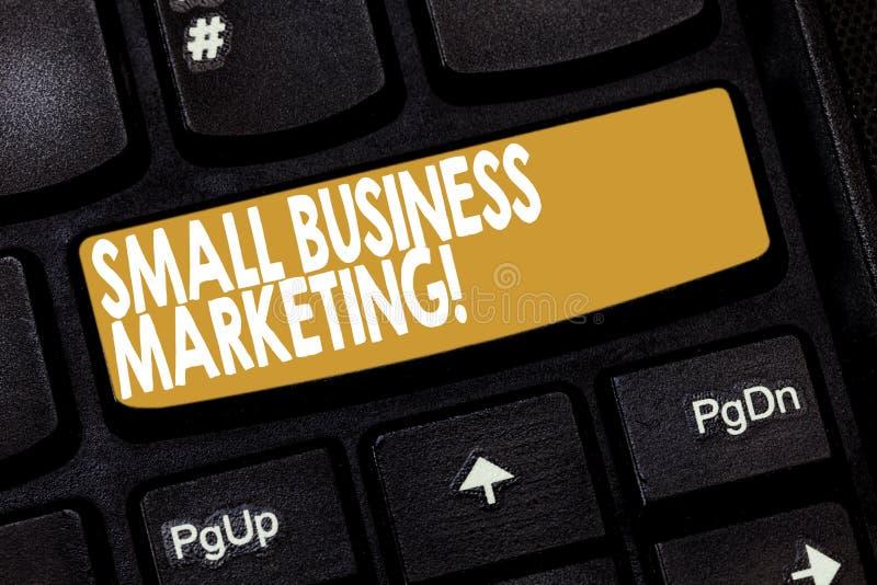 Márketing de la pequeña empresa del texto de la escritura de la palabra Concepto del negocio para el método específico de vender  foto de archivo libre de regalías