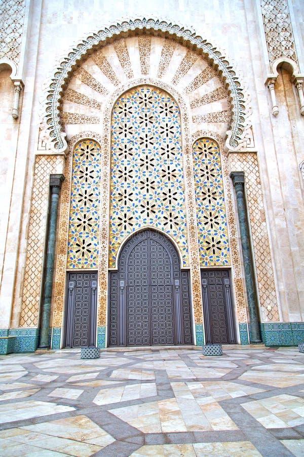 mármol histórico en la puerta antigua Marruecos del edificio foto de archivo