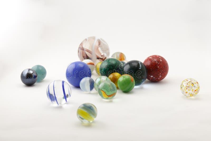 Mármoles de cristal en un lightbox foto de archivo