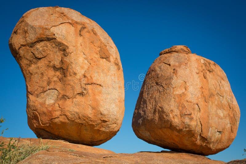 Mármores dos diabos, Território do Norte Austrália imagem de stock