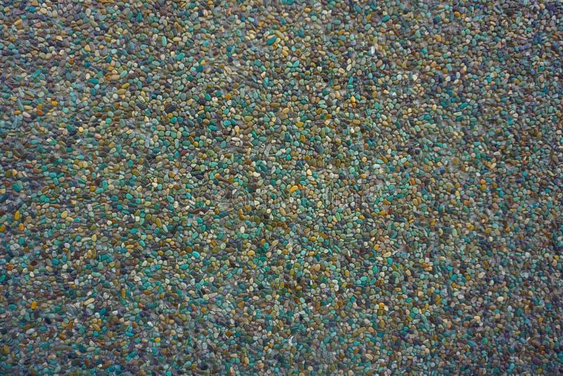 Mármores pequenos e fundo de pedra da textura com vária cor em Indonésia foto de stock royalty free