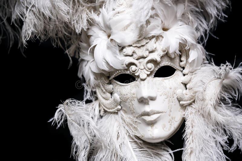 Máscara blanca de lujo del masquarade del festival imágenes de archivo libres de regalías