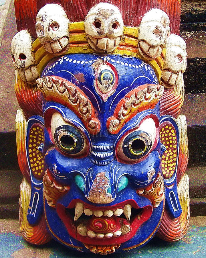Máscara colérica budista tibetana de la deidad imagenes de archivo