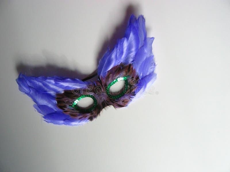 Download Máscara com penas imagem de stock. Imagem de azul, esconda - 68969