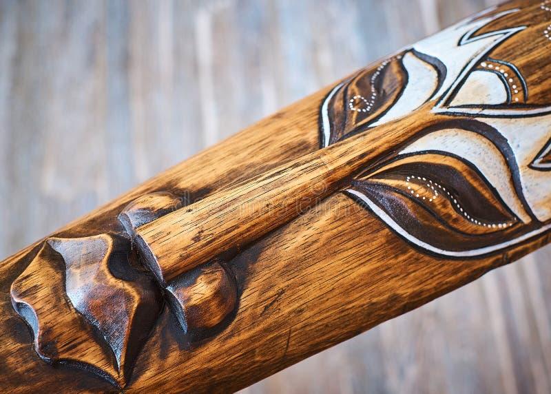Máscara da Índia feita da madeira natural para a boa sorte e a riqueza imagens de stock royalty free