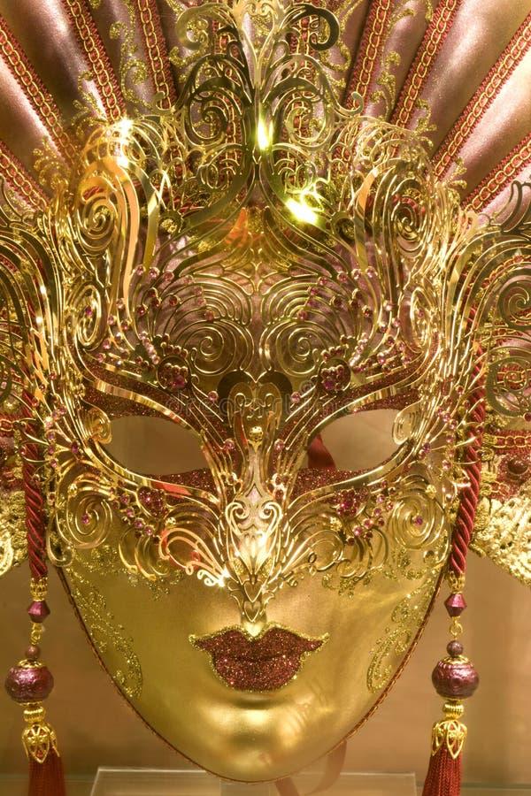 Máscara de lujo del oro foto de archivo