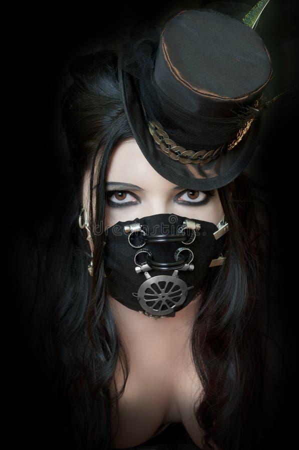 Máscara desgastando modelo de Steampunk imagens de stock royalty free