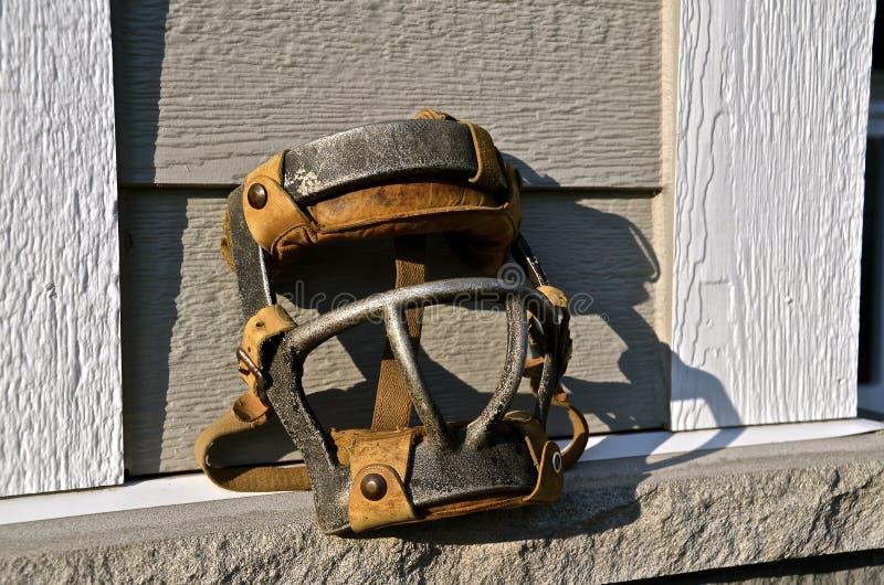 A máscara do coletor velho do basebol imagens de stock royalty free