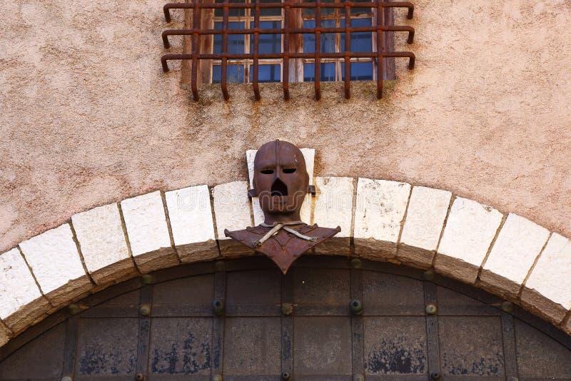 Máscara do ferro - legenda de Franch fotografia de stock royalty free