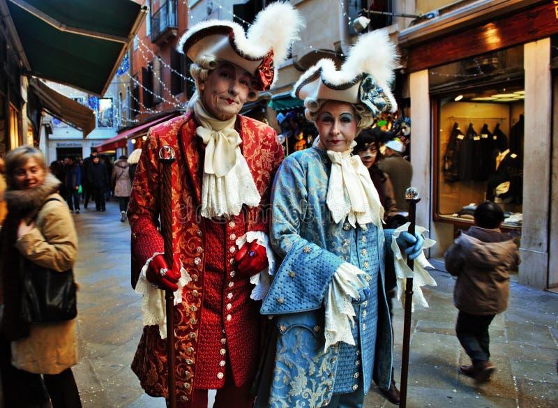 a máscara do Venetian-estilo, o carnaval de Veneza é um do mais famosos no mundo, seu característico é as máscaras, criadas ao re imagens de stock royalty free