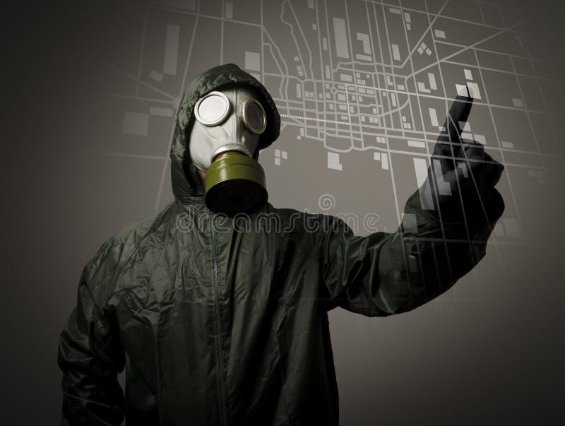 Máscara e mapa de gás. Evacuação. fotografia de stock royalty free