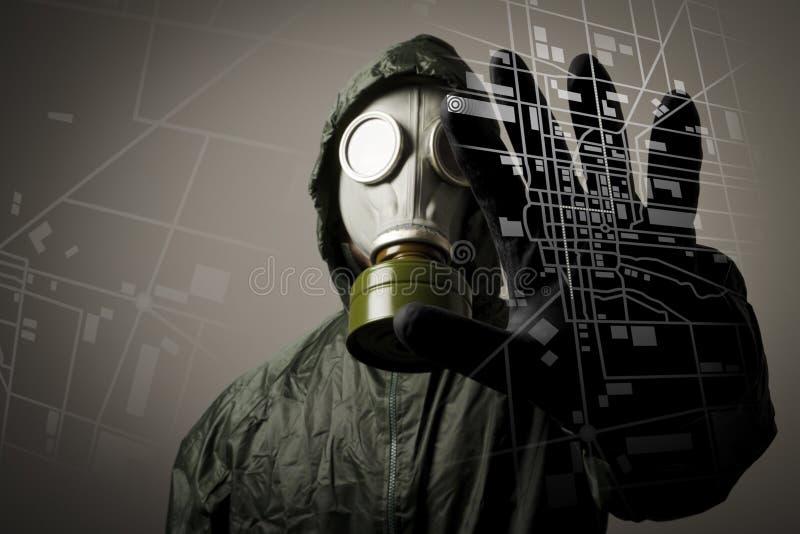 Máscara e mapa de gás. Evacuação. fotografia de stock