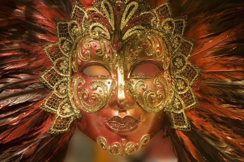 Máscara roja del oro de lujo de Venecia fotos de archivo libres de regalías