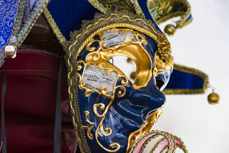 A máscara Venetian bonita tradicional para a participação no carnaval imagem de stock