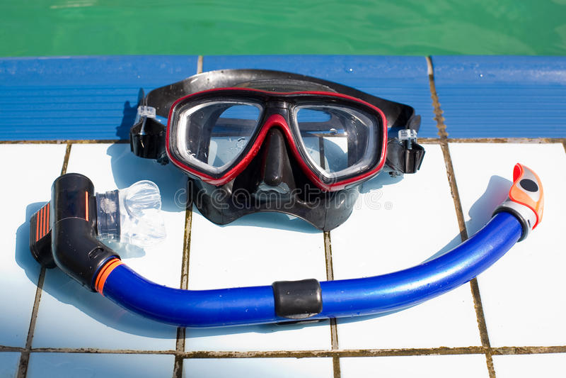 Máscara y tubo respirador de la zambullida imágenes de archivo libres de regalías