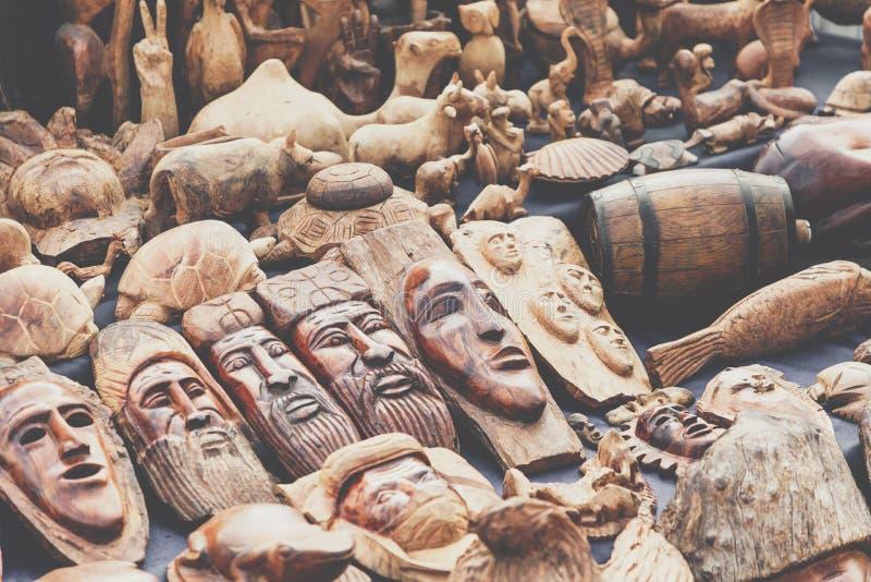 Máscaras africanas, Marruecos Tienda de regalos en Agadir fotos de archivo