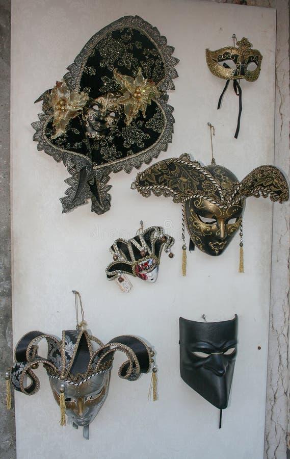 Máscaras do carnaval no mercado em Veneza, Itália imagens de stock royalty free
