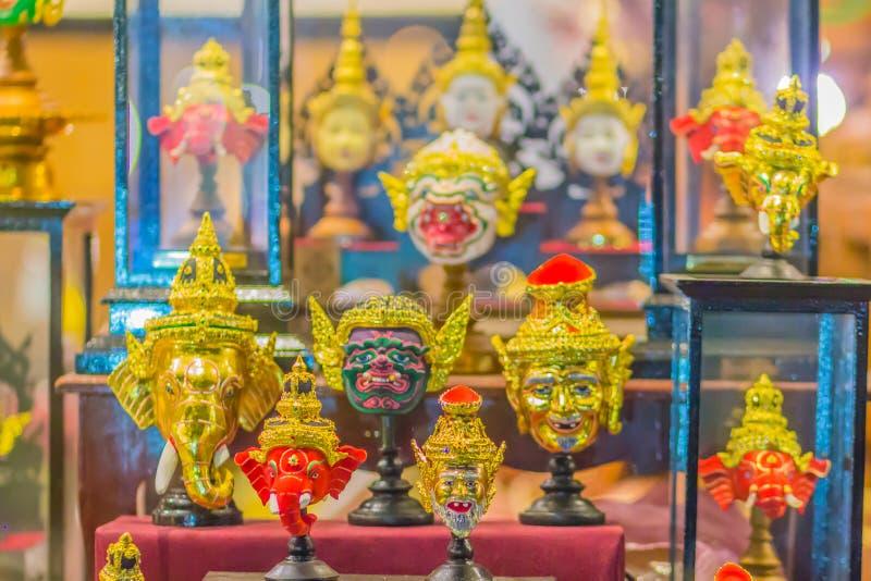 Máscaras hermosas de Hua Khon, la máscara tradicional tailandesa de la bella arte para el funcionamiento de baile Khon es danza t foto de archivo