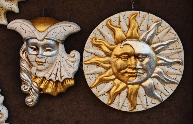 Máscaras venecianas de oro fotos de archivo libres de regalías