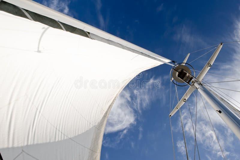 Mástil del barco de vela   imagenes de archivo