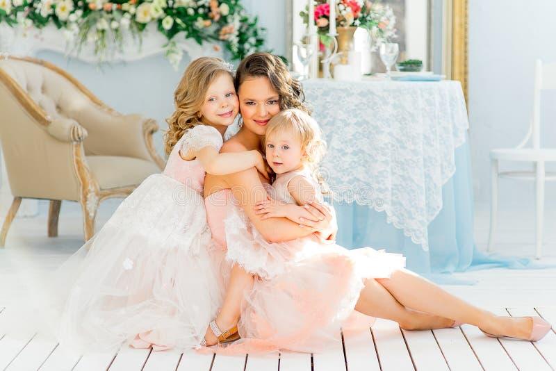 Mãe com filha imagem de stock