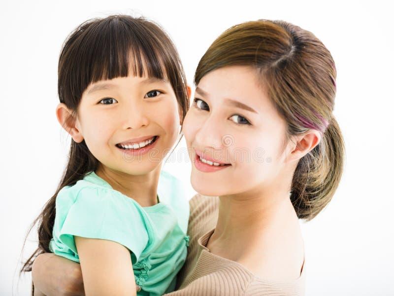 Mãe e menina felizes da família imagens de stock royalty free