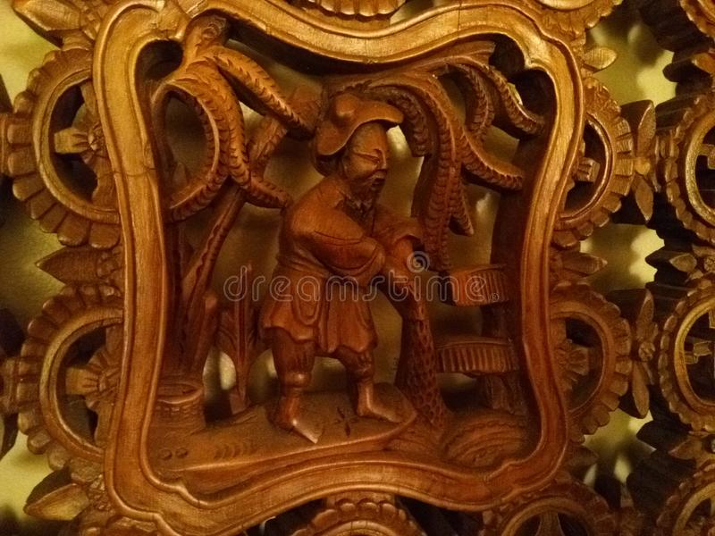 A mão cinzelou o painel chinês decorativo de madeira fotografia de stock