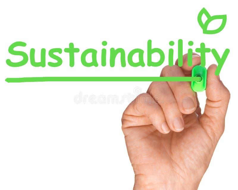 Mão com Pen Drawing Sustainability verde foto de stock royalty free