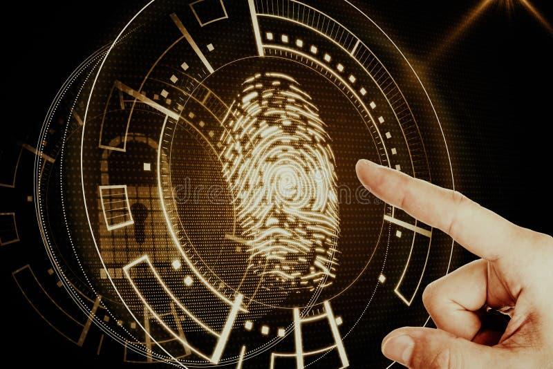Mão com relação ambarina da impressão digital imagem de stock