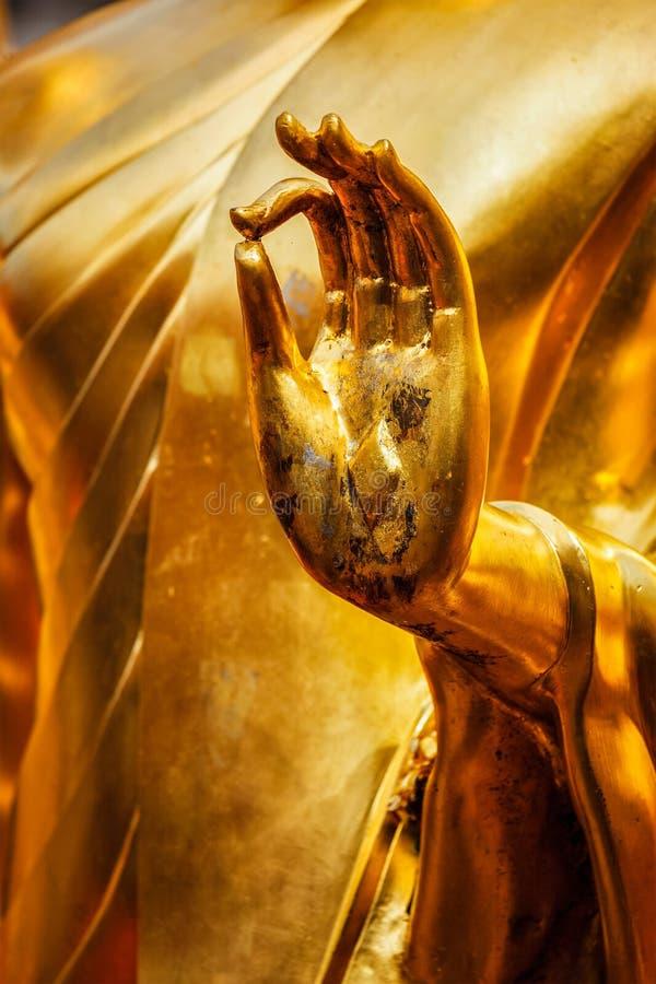 Mão da estátua da Buda, Chiang Mai, Tailândia fotografia de stock
