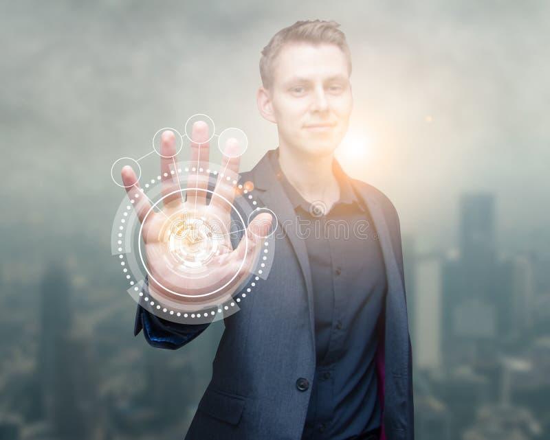 Mão do homem da varredura da tecnologia imagens de stock royalty free