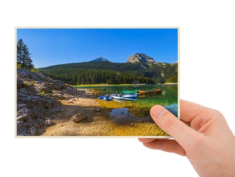 Mão e imagem preta do lago - Montenegro minha foto fotografia de stock