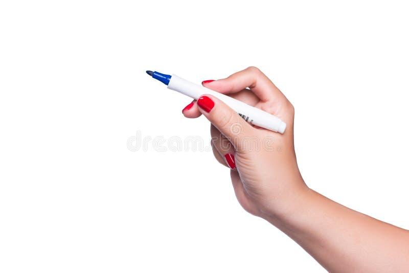 A mão fêmea está pronta para tirar com o marcador preto isolado em w imagens de stock