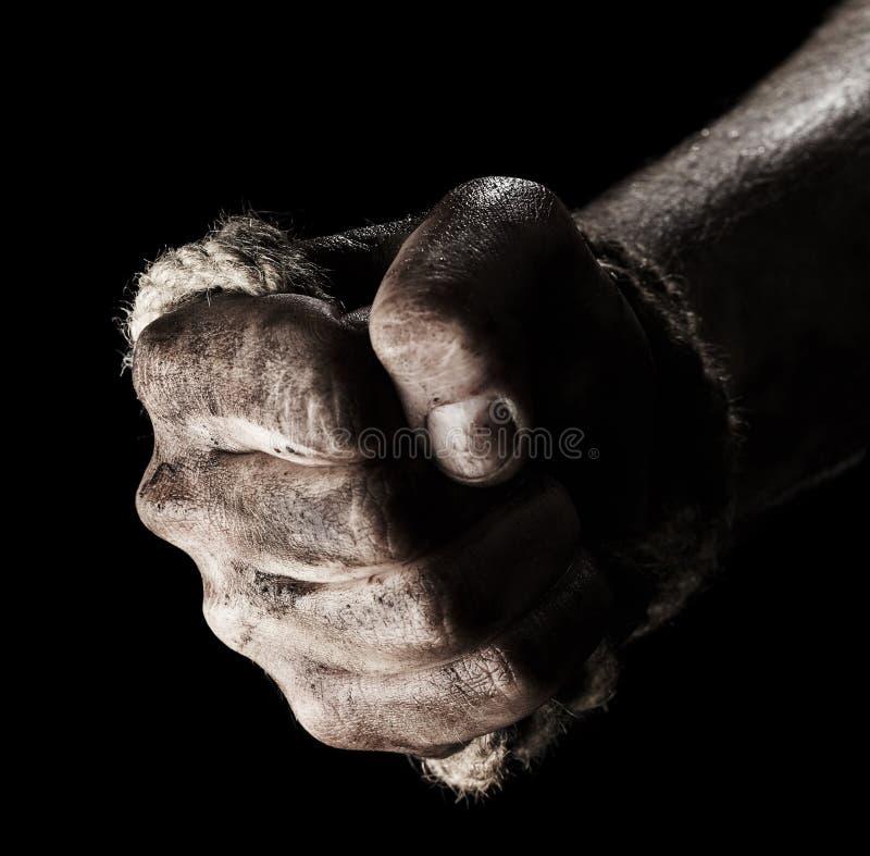 Mão masculina com corda Agressão da concepção imagem de stock royalty free