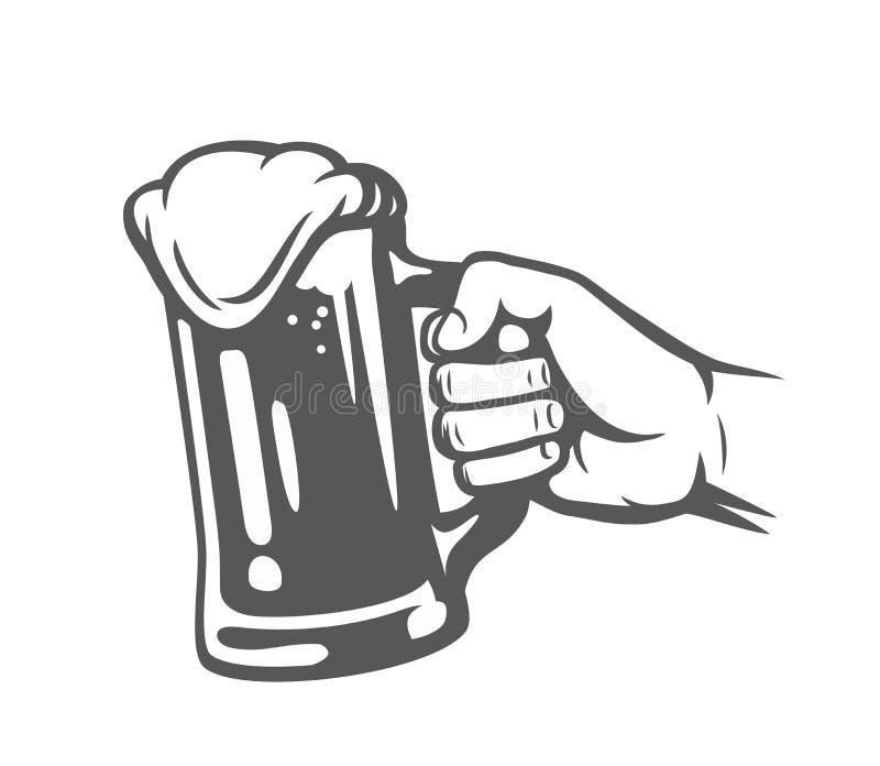Mão masculina que guarda o vidro de cerveja ilustração royalty free
